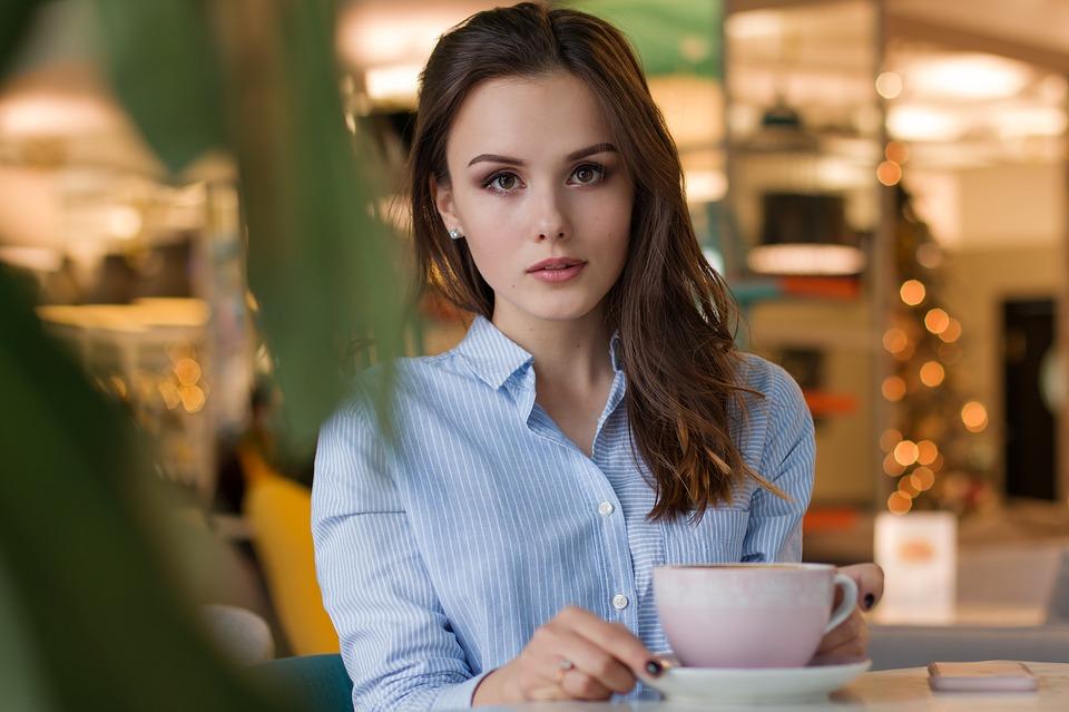 взгляд кафе встреча свидание знакомство хочу замуж